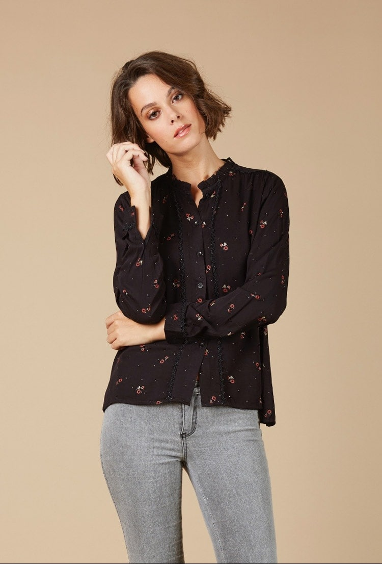 Black-shirt-with-flowers_Shirts_and_blouses_ava_dreamwithava-1v2