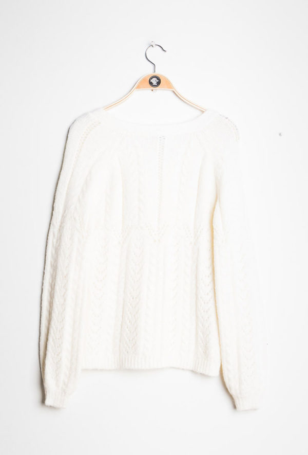 Cardigan-White_Jumpers_and_Cardigans-ava_deamwithava_2